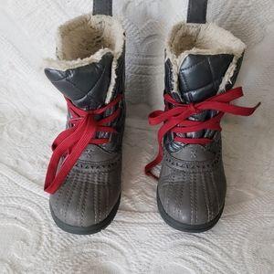 KED kid's size u.s 5 boys winter waterproof boots